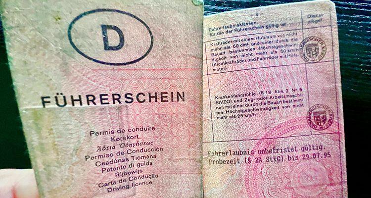 Führerscheinumtausch! Wie geht das? EU-Richtlinie: bis zum 19. Januar 2033 müssen alle bisher unbefristet ausgestellten Führerscheine getauscht werden
